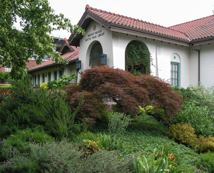 Fremont: public library