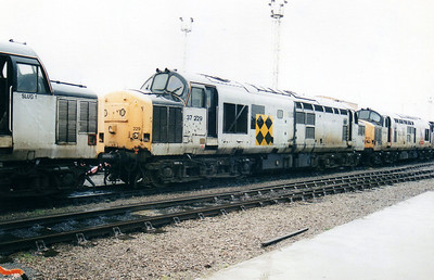37229 at Cardiff Canton TMD  10/02/01.