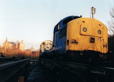 37371 at Wigan CRD 12/01/01.