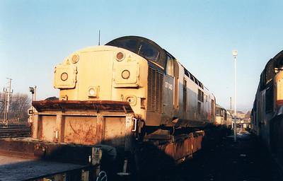 37043 at Wigan CRD 12/01/01.