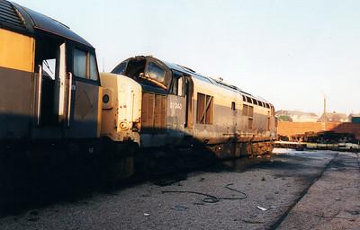 37240 at Wigan CRD 12/01/01.