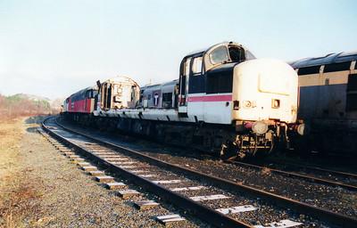 37251 at Wigan CRD 12/01/01.