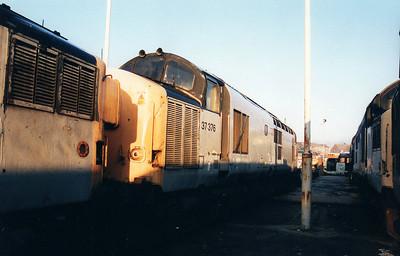 37376 at Wigan CRD 12/01/01.