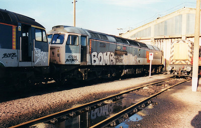 47236 'Rover Group Quality Assured' at Stratford TMD  03/02/01.