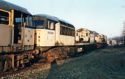 56080 at Wigan CRD  12/01/01.