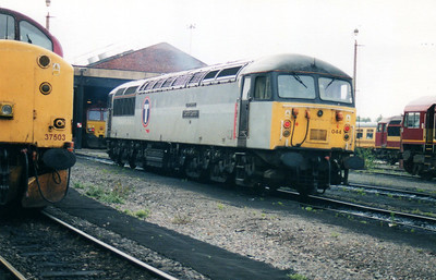 56044 'Cardiff Canton Quality Approved' at Doncaster Carr TMD  02/09/00.