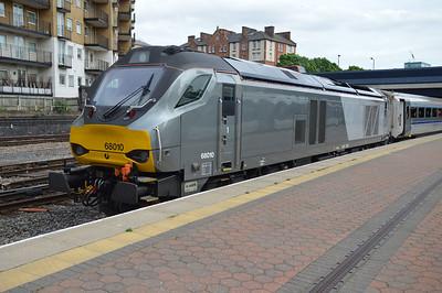 68010 1715/1K50 Marylebone-Kidderminster awaits departure  20/05/16