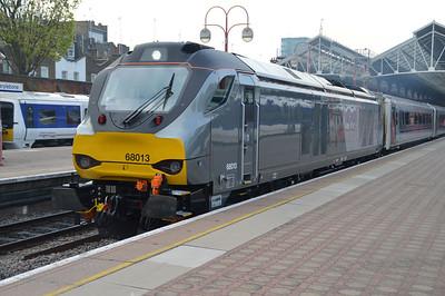 68013 awaits departs with the 0845/1R15 Marylebone-Birmingham Moor Street service  24/04/15.