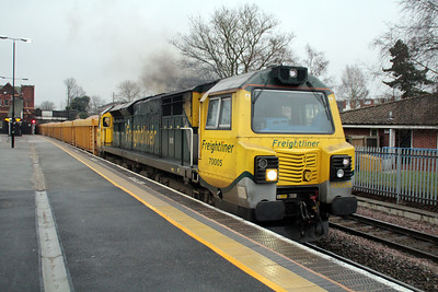 70005 1520/6u77 Mountsorrell-Crewe passes Water Orton.