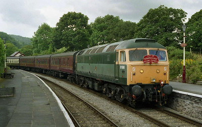 The cancellation of '1D87' at Euston due to faulty coaching stock necessitated a hasty diversion to the Llangollen Railway in search of the day's entertainment. 47449 arrives at Glyndyfrdwy with the 1145 Carrog-Llangollen (03/07/2004)