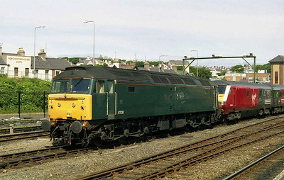 The next morning 47830 is seen in the yard at Holyhead with the stock for 1T61 1345 to Chester (18/06/2004)