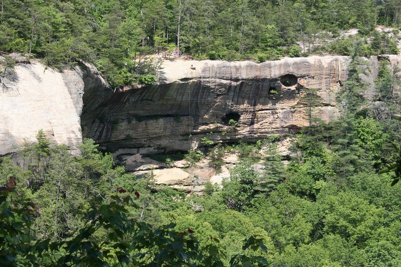 One of our favorite drops at Red River Gorge to rappel/ascend.  You have to climb Indian Staircase to reach it. You can barely see a rope hanging from the far cliff.