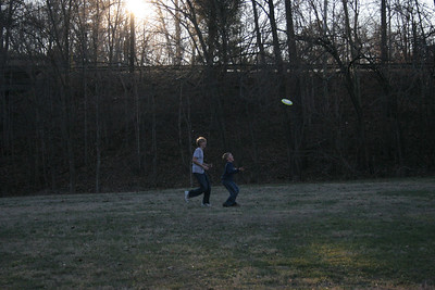 Hiking & frisbee with Colleen, Jack & Sam - Dec. 27