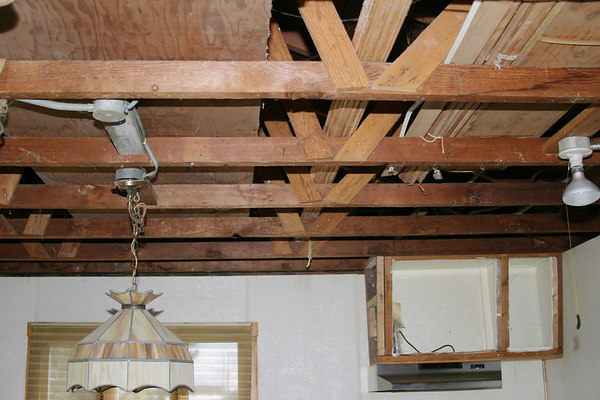 kitchen ceiling before