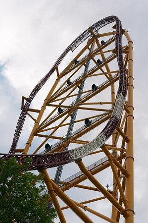 Another shot of the Top Thrill Dragster
