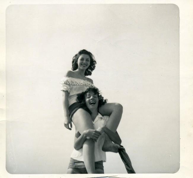 Rose & Nancy 1952