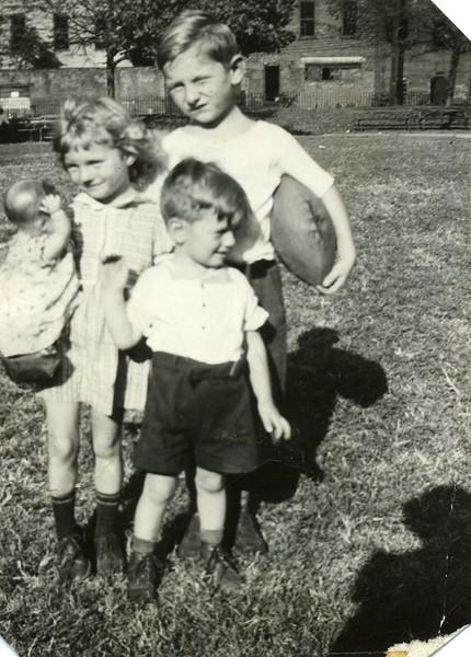 1941 Ginger, Bobby, Jerry