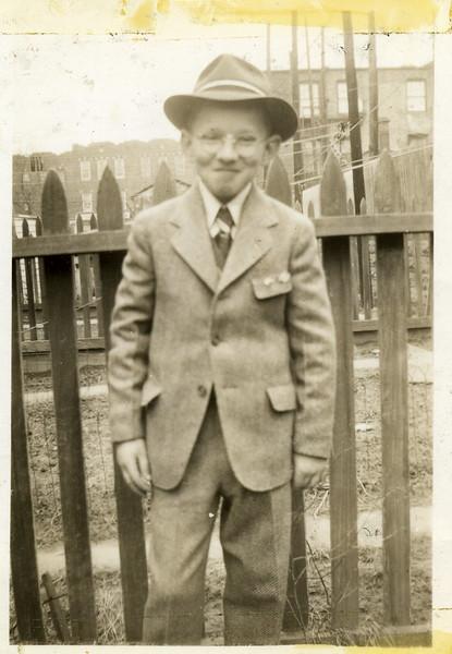 Bobby Carr 1944