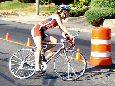 2005 Cadboro Bay Triathlon - Kim House of Thunder Bay - a 'junior' master