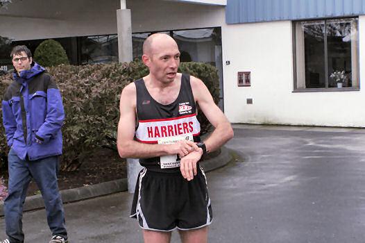 2005 Comox Valley Half Marathon - ComoxHalf2005-Al-Livsey-026.jpg