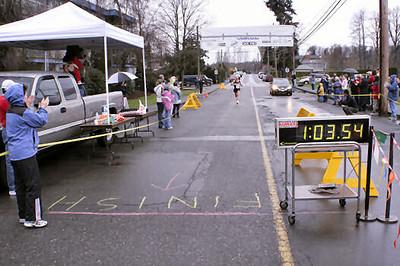 2005 Comox Valley Half Marathon - ComoxHalf2005-Al-Livsey-024.jpg