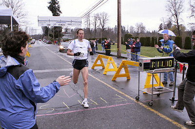 2005 Comox Valley Half Marathon - ComoxHalf2005-Al-Livsey-030.jpg