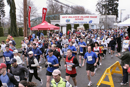 2005 Comox Valley Half Marathon - ComoxHalf2005-Al-Livsey-018.jpg