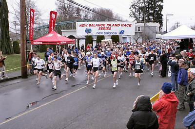 2005 Comox Valley Half Marathon - ComoxHalf2005-Al-Livsey-011.jpg