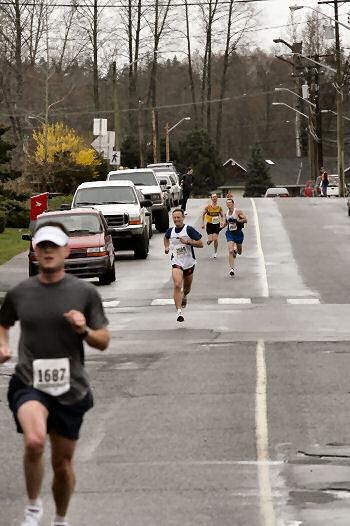 2005 Comox Valley Half Marathon - ComoxHalf2005-Al-Livsey-099.jpg