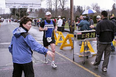2005 Comox Valley Half Marathon - ComoxHalf2005-Al-Livsey-037.jpg