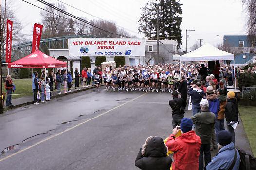 2005 Comox Valley Half Marathon - ComoxHalf2005-Al-Livsey-009.jpg