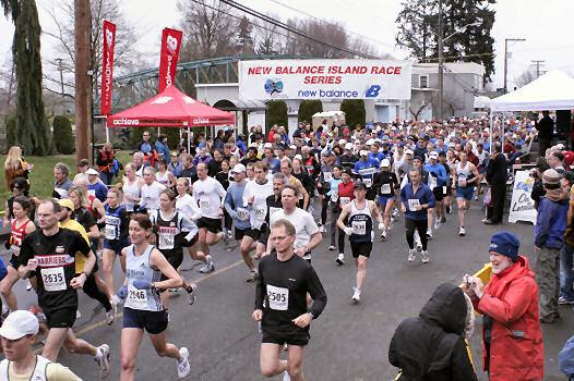 2005 Comox Valley Half Marathon - ComoxHalf2005-Al-Livsey-013.jpg