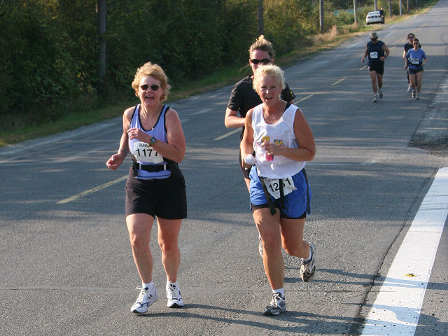 2005 Land's End Half Marathon by Marc Trottier - IMG_2385.jpg