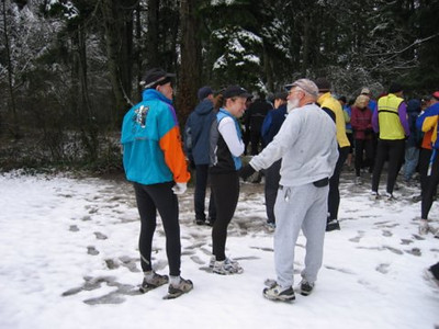 2005 New Year's Day Memorial Run - Mike and Caroline with Phil Cornforth