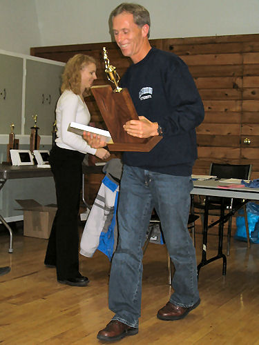 2005 PIH Awards Presentations - Jim Huzzey accepts the Glenn Jaques Racewalker of  the Year for daughter Meghan