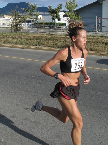 2005 Run Cowichan 10K - img0100.jpg