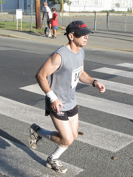 2005 Run Cowichan 10K - Marcus Dillon was 6th