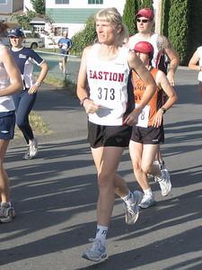 2005 Run Cowichan 10K - Lonergan second