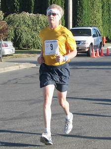 2005 Run Cowichan 10K - The start of the masters race