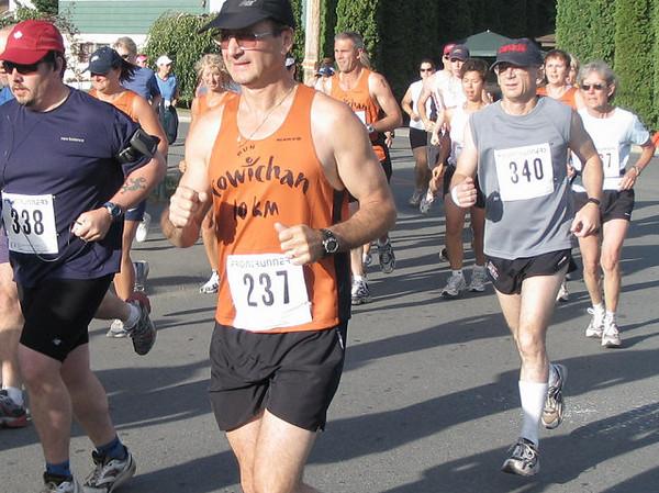 2005 Run Cowichan 10K - Arturo