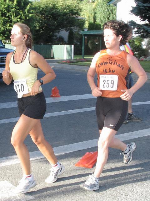 2005 Run Cowichan 10K - img0150.jpg