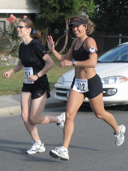 2005 Run Cowichan 10K - img0069.jpg
