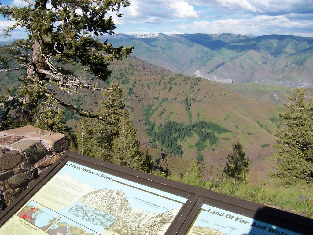 Hells Canyon viewpoint