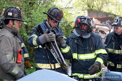 20150500-bridgeport-connecticut-fire-dept-extrication-training-post-road-photos-031