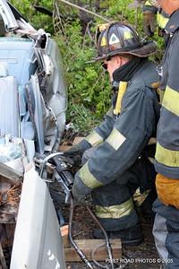 20150500-bridgeport-connecticut-fire-dept-extrication-training-post-road-photos-021