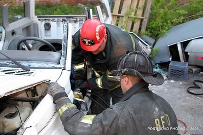 20150500-bridgeport-connecticut-fire-dept-extrication-training-post-road-photos-014