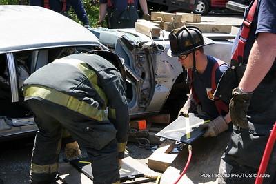 20150500-bridgeport-connecticut-fire-dept-extrication-training-post-road-photos-043