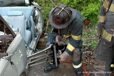 20150500-bridgeport-connecticut-fire-dept-extrication-training-post-road-photos-016