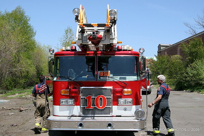 20150500-bridgeport-connecticut-fire-dept-extrication-training-post-road-photos-048