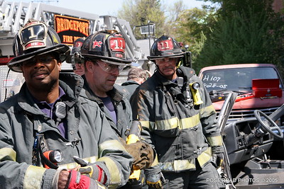 20150500-bridgeport-connecticut-fire-dept-extrication-training-post-road-photos-039